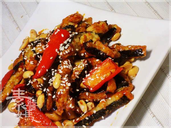 素食小菜 - 糖醋素小魚乾18.JPG