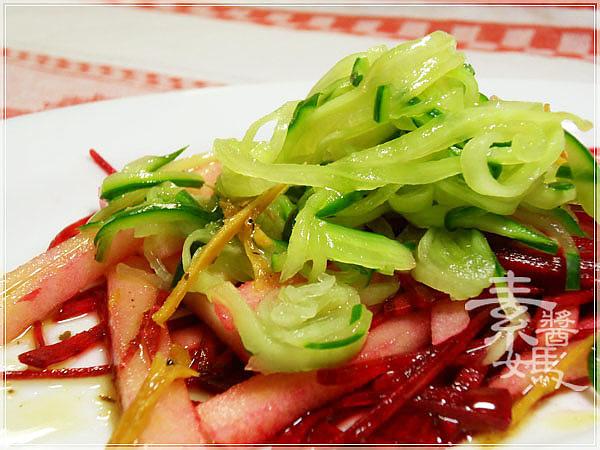 輕食料理-小黃瓜麵與甜菜根沙拉15.jpg