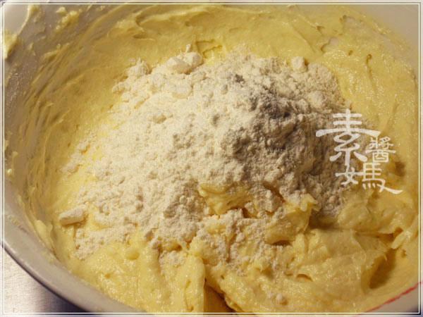 烘焙練習-葡萄磅蛋糕09.JPG