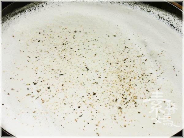 西式料理-蘑菇濃湯08.jpg