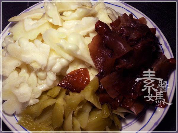 夏天開胃菜-鹹菜苦瓜05.jpg