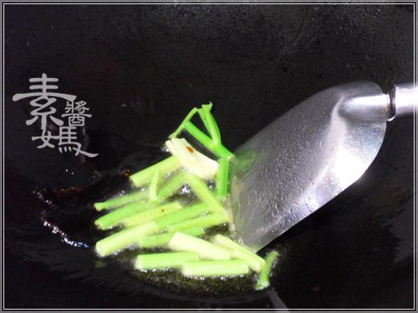 快炒料理-泡菜炒寬粉(河粉)06.jpg