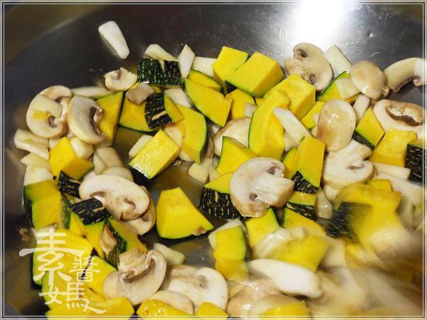 義式料理-南瓜燉飯06.jpg
