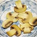 西式料理-蘑菇濃湯07.jpg