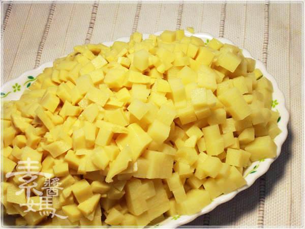 台灣小吃 - 筒仔米糕07.JPG
