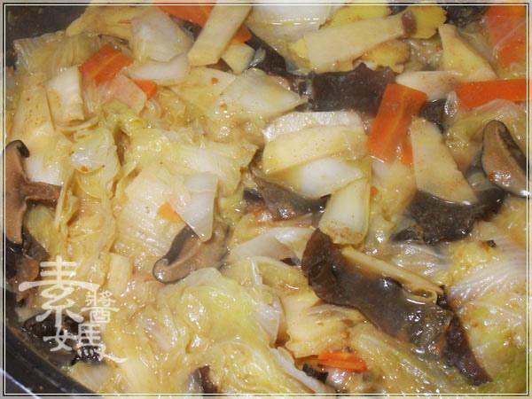 家常小吃-白菜滷14.JPG