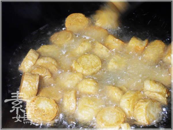 簡單湯品 - 素瓜仔雞湯05.JPG