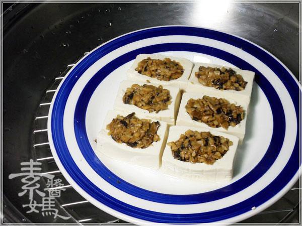 中式素食料理-素蟹黃豆腐09.jpg