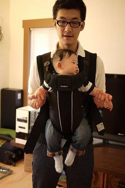 試坐Baby Bjorn