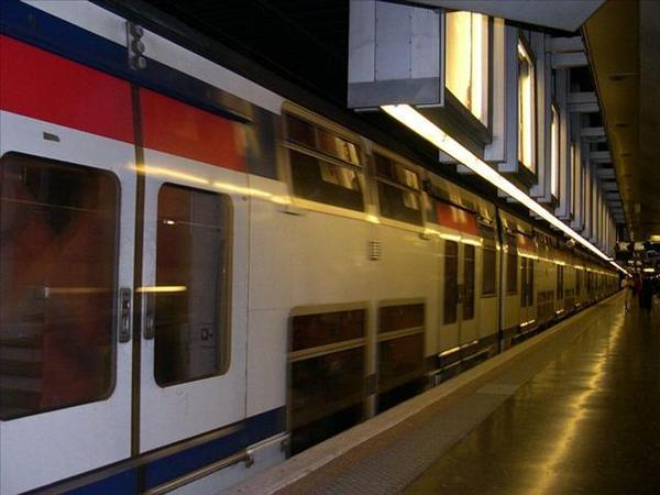 024_分上下兩層的RER