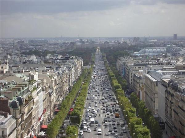 038-09_協和廣場的方尖碑和羅浮宮