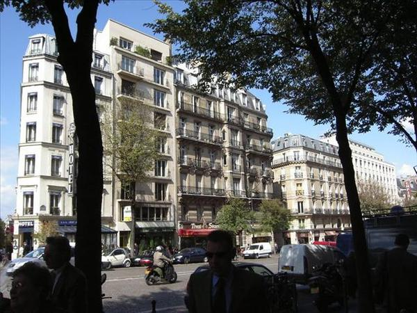 070_巴黎街景