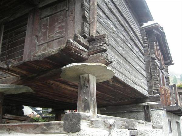 047_有趣的建築工法