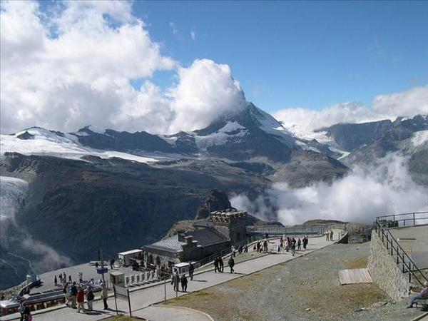 114_一定要有一撮雲擋住的馬特洪峰