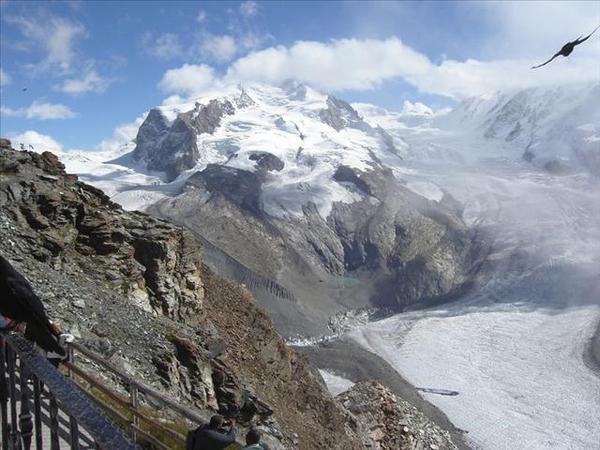 117_中間應該是冰河地形特徵之一的「冰(石責)湖」-黑鳥來