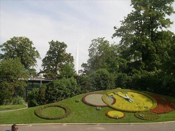 054_雷夢湖畔英國花園的花鐘