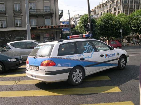 058_可愛的警車