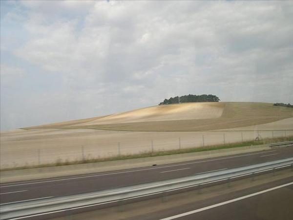 081_從奧爾良到波恩的路上-一定要把丘陵搞成這樣嗎
