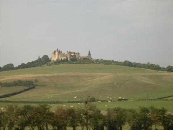 083_從奧爾良到波恩的路上-不知道是什麼城堡