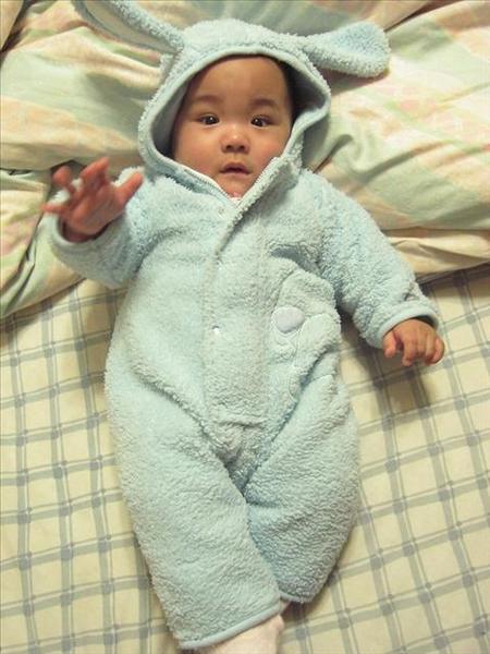 20060305小熊?(矯正年齡6個月;實際8.5個月)