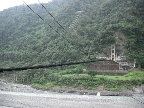 20081012-05可惜不能走吊橋.JPG