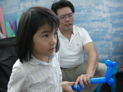 20090509-03氣球摩擦的聲音太可怕.JPG