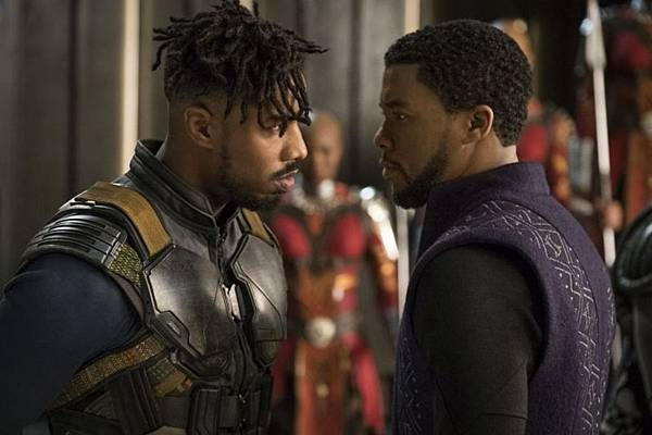 black-panther-official-photo015-1500404504764_1280w.jpg