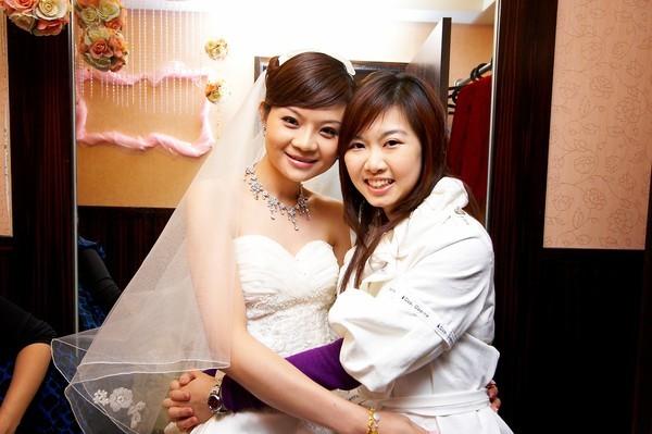到場祝賀...美美的新娘
