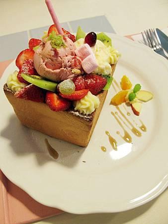 草莓蜜糖吐司