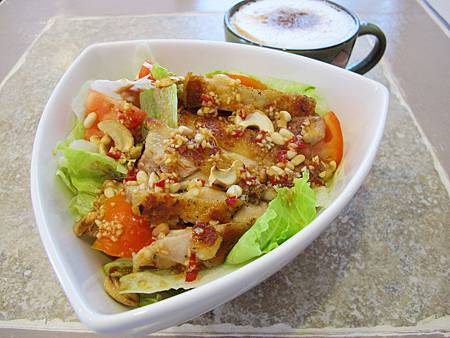 迷迭香風味雞腿生菜沙拉