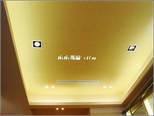 天花板2.jpg