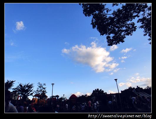 20120819 大安森林公園玩沙-0