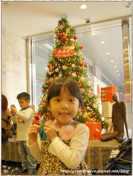 20121215 信義區看聖誕樹-4