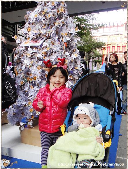 20121224 信義區看聖誕樹-7