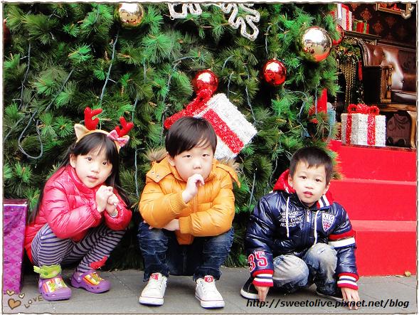 20121224 信義區看聖誕樹-15