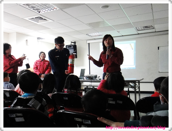 DORIS 4Y4M1D 參觀消防局-4