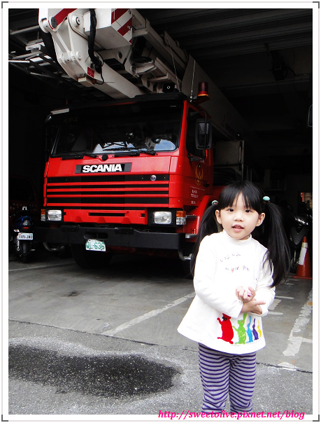 DORIS 4Y4M1D 參觀消防局-14