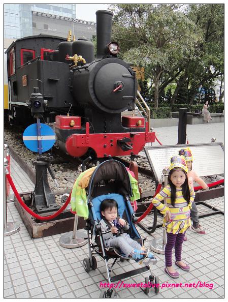 20130417 台鐵小英雄-12