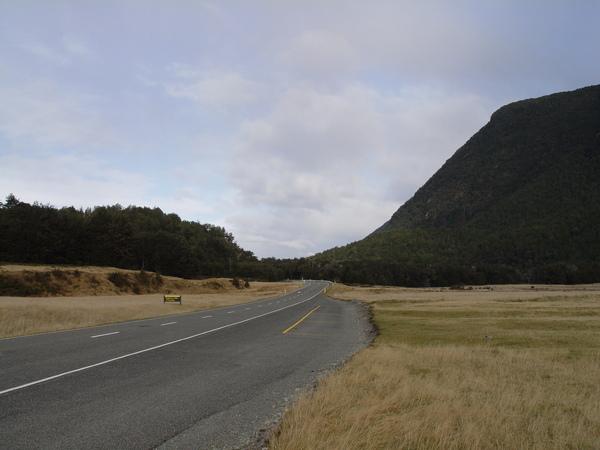 Road to Milford.JPG