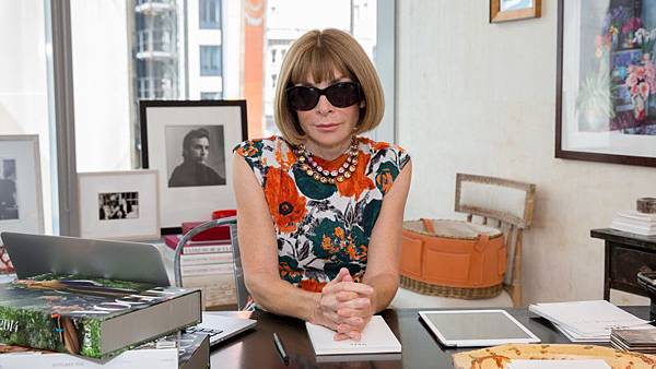 vogue_73-questions-anna-wintour-on-the-rumors-brooklyn-and-the-one-thing-she-will-never-wear.jpg