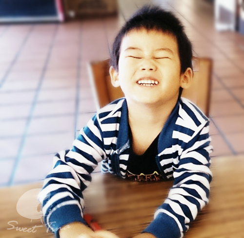 開心的笑.jpg
