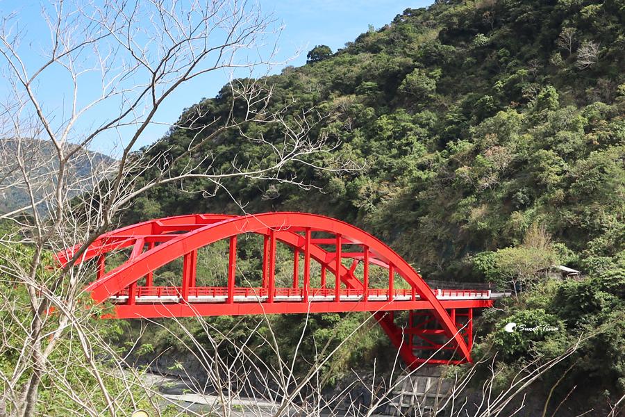 紅葉紅橋溫泉