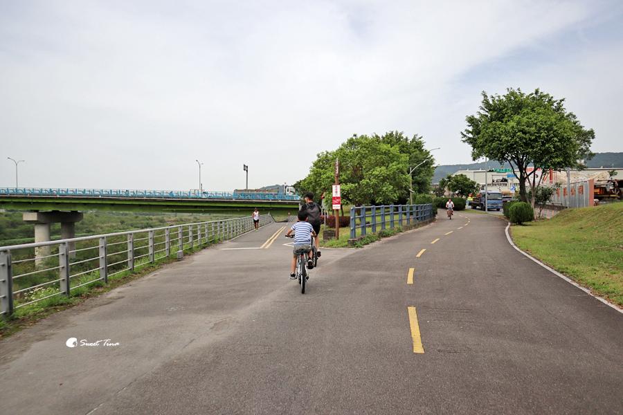 大漢溪左岸自行車道