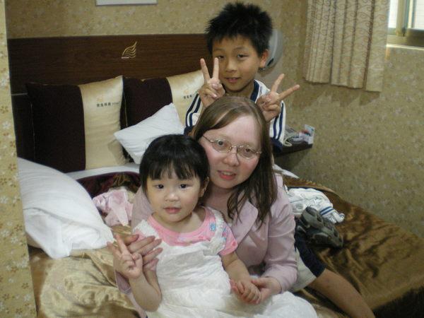 二阿姨、小寶哥和恬恬