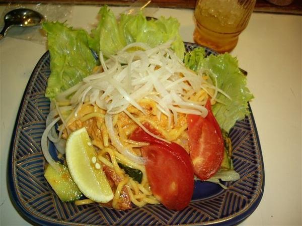 多夢羅的沙拉義大利麵