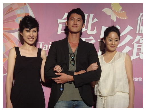《河豚》昨(629)中山堂世界首映.jpg