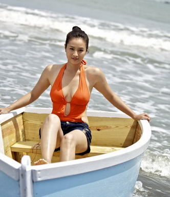 金小曼渾身濕透《戀戀海灣》挑戰情海驚濤駭浪