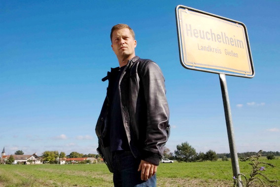 提爾史威格在賣座電影《熱戀攻心》(MEN IN THE CITY 2)飾演一個被媽媽懷疑是同志的男人,勇奪巴伐利亞國際影展「觀眾票選最佳影片」