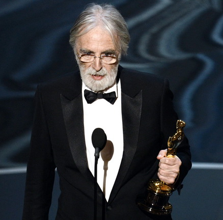 《愛‧慕》榮獲本屆奧斯卡最佳外語片大獎,導演麥可漢內克 (Michael Haneke) 將榮耀歸於兩位主要演員