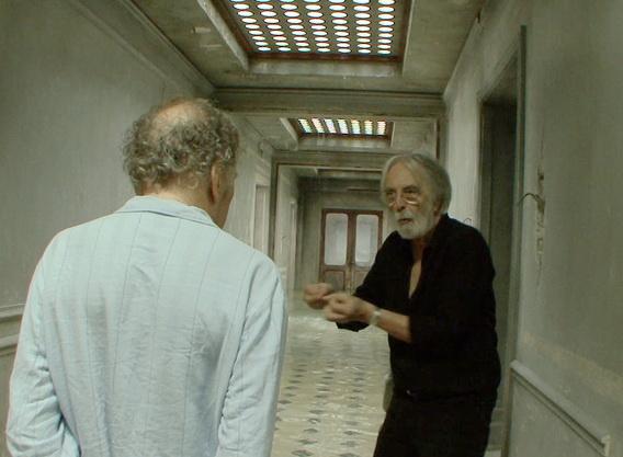 光導戲不過癮《漢內克的導演秘密》麥可漢內克拍戲演很大, 圖為他指導《愛‧慕》(Amour)男主角尚路易坦帝尼昂(Jean-Louis Trintignant)演戲